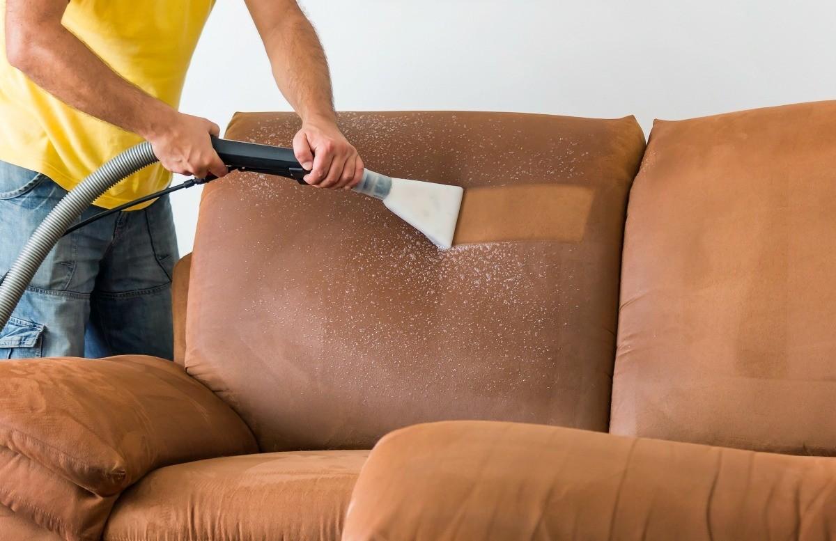 شركة تنظيف كنب بالبخار عجمان  0563350658