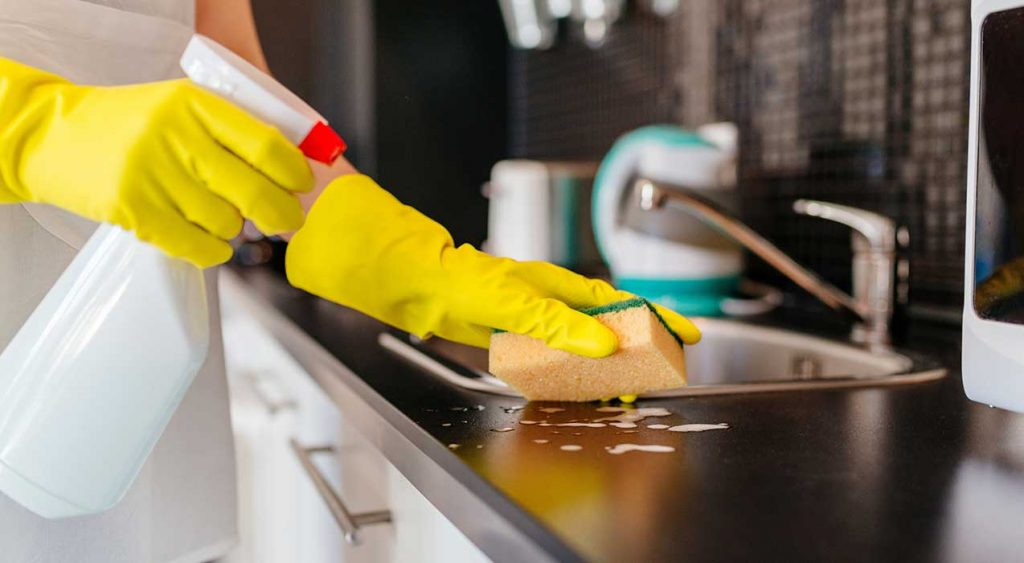 شركات تنظيف بام القيوين